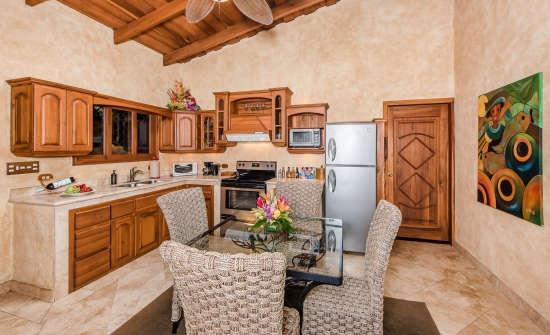 Villa Lago Kitchen at Peace Lodge