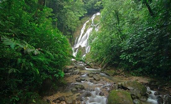El Chorro del Macho Waterfall