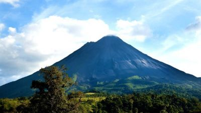 Costa Rica Family Classic Vacation Package