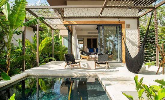 Ninta Bungalow pool