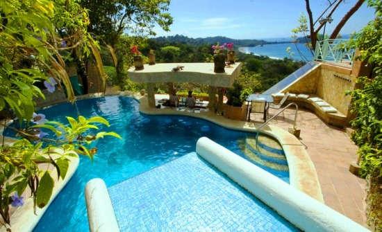 Stay at La Mansion Inn, Costa Rica