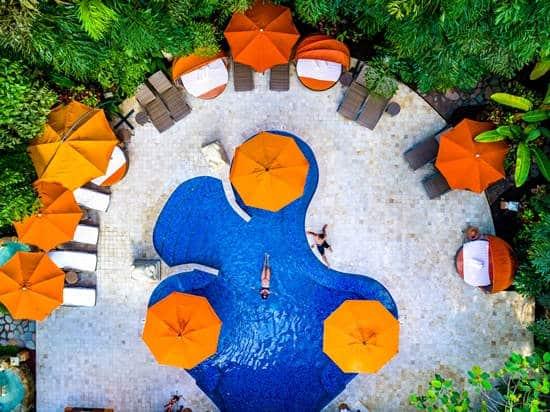 Nayara Gardens pool