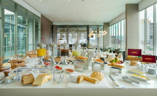 Gran Hotel Costa Rica breakfast buffet