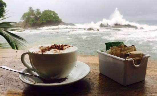 PorQueNo Dominical breakfast