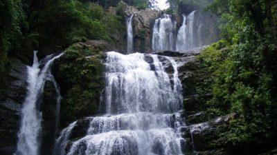 Nauyaca Waterfalls don willis
