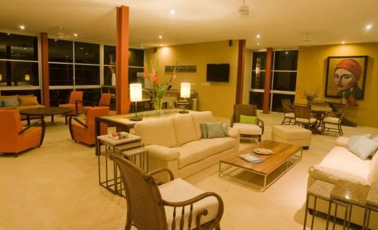 Casa Fantastica living room