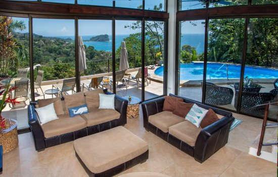Casa Magnifica living space