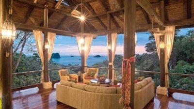 Vista Azul living room