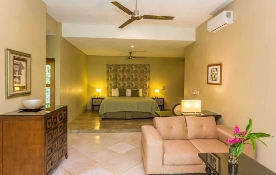 Casa Fantastica Lower Level Bedroom