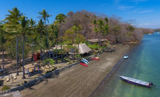 Isla Chiquita Remote Resort