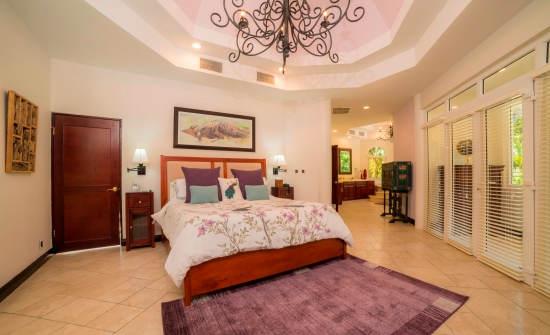 Casa Harmon bedroom
