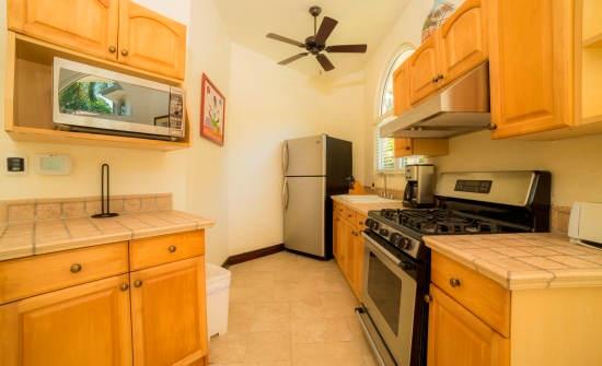 Casa Harmon guest house kitchen
