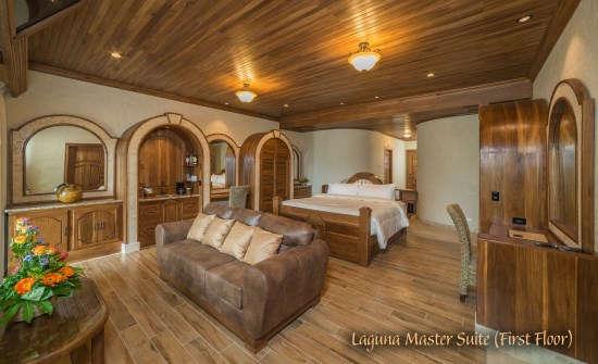 Laguna Master Suite (First Floor)