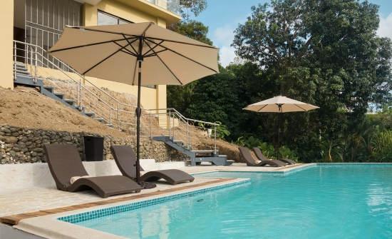 Tule Villa pool