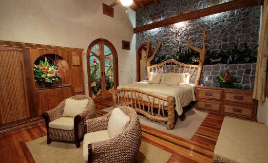 Villa Calatea Master Bedroom