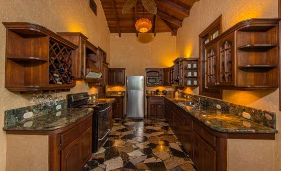 Villa Guayaba kitchen