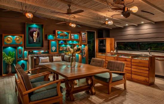 Villa Vertigo Dining Room